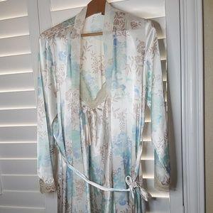 Apt. 9 Intimates Pajama set Size XL & L Wh/Blue